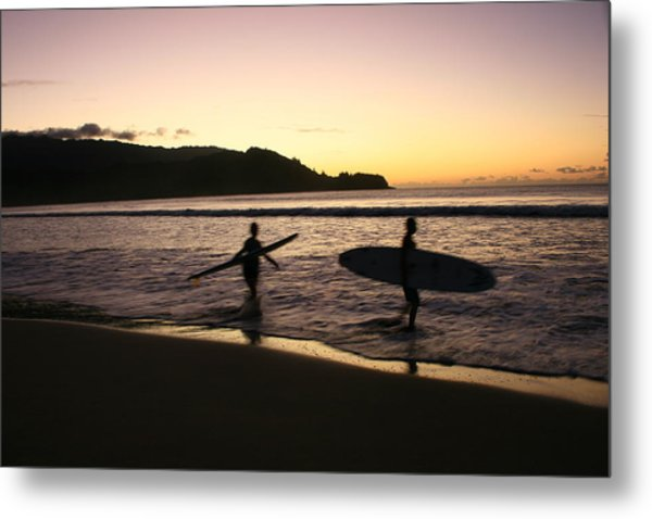 Last Wave Of The Day Metal Print by Lennie Green