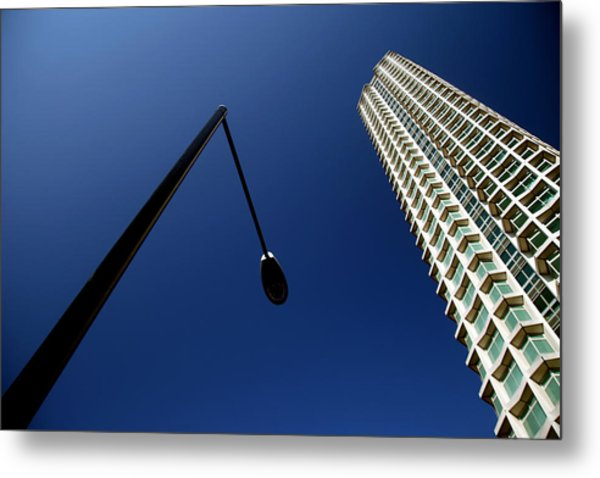 Left Of Centre Point Metal Print by Jez C Self