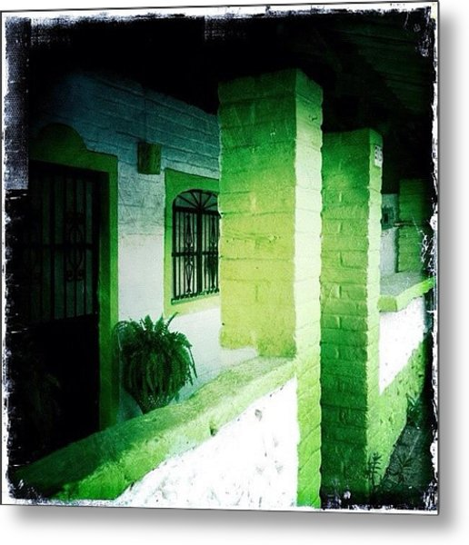 Lime Green & White House (puerto Metal Print