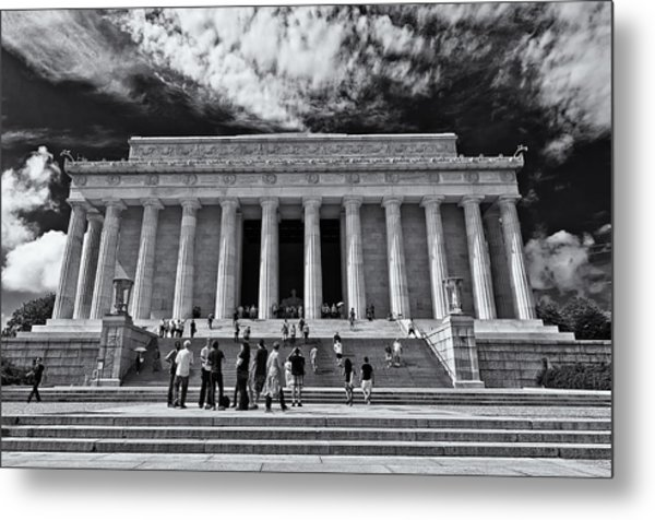 Lincoln Memorial In Black And White Metal Print