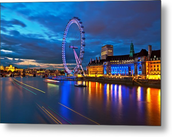london Eye Nightscape Metal Print by Arthit Somsakul