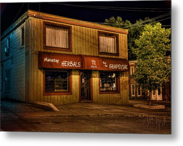 Mainstay At Night Metal Print