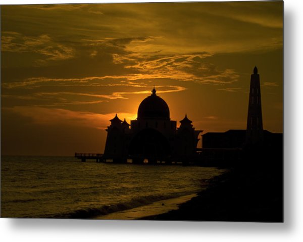 Malacca Straits Mosque Metal Print by Ng Hock How