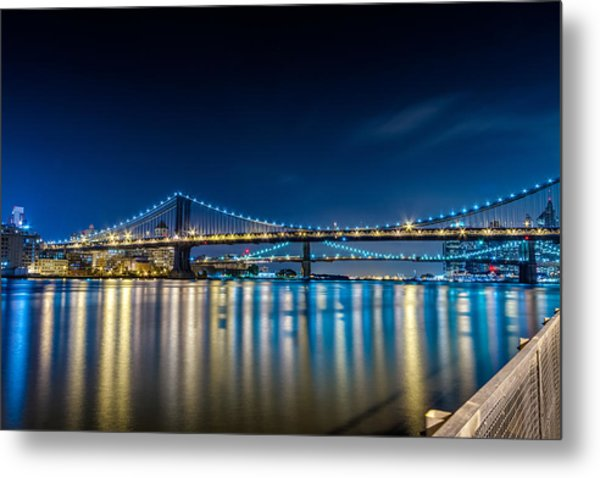 Manhattan Bridge And Light Reflections In East River. Metal Print