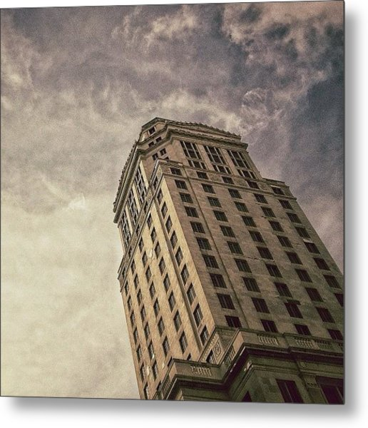 Mdc Court Tower - Miami Metal Print