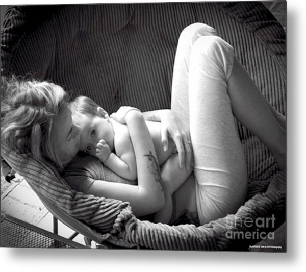 Mothers Love Metal Print by Laurence Oliver