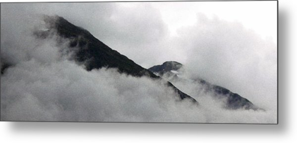 Mountains To Touch The Sky Metal Print