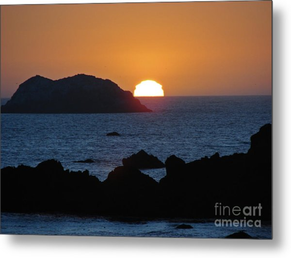 Mystic Sunset Metal Print by Suze Taylor