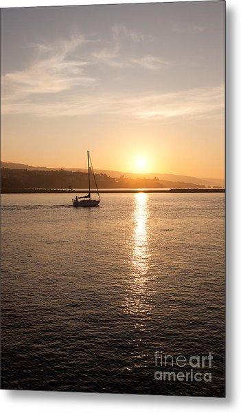 Newport Bay Corona Del Mar Sunrise Metal Print by Paul Velgos