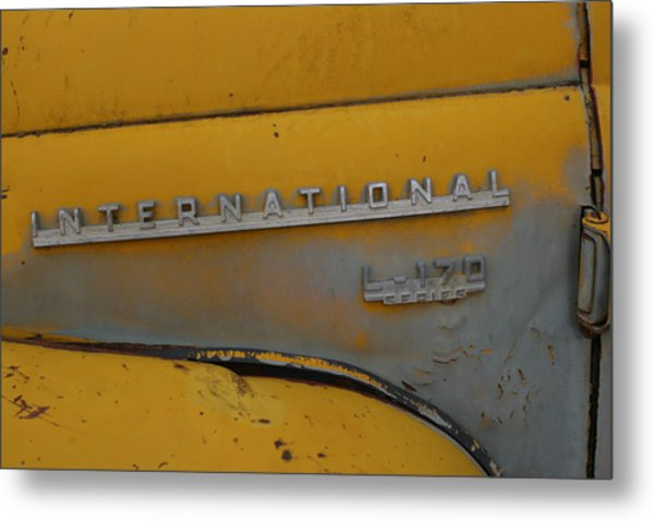 Ol Yeller Metal Print by Ken Riddle