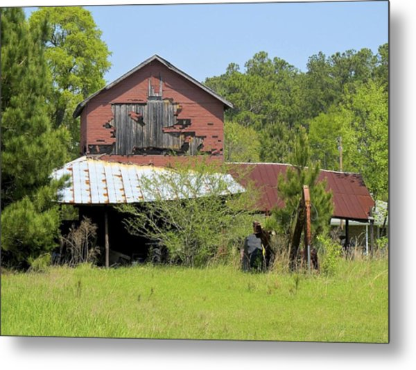 Metal Print featuring the photograph Old Barn by Ralph Jones