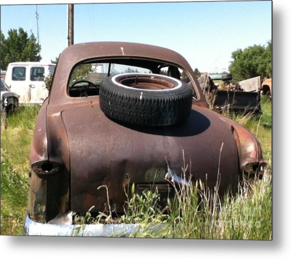 Old Car Metal Print by Bobbylee Farrier