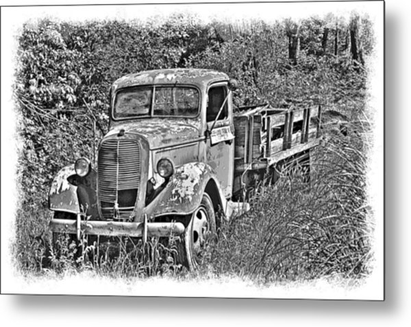 Old Ford Flatbed Bw Metal Print