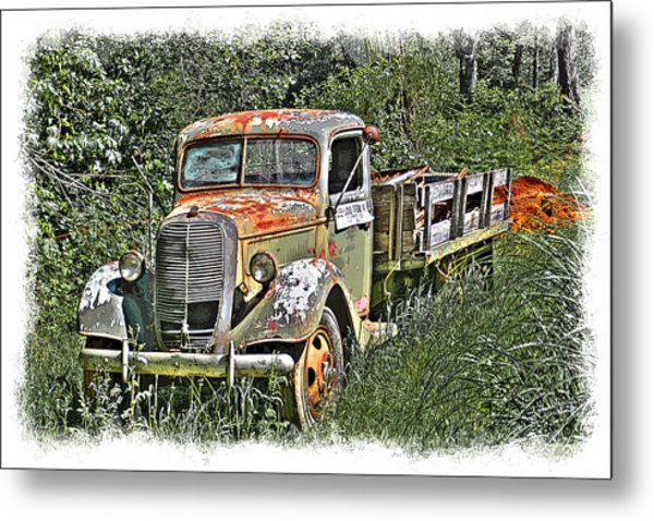 Metal Print featuring the photograph Old Ford Flatbed by William Havle