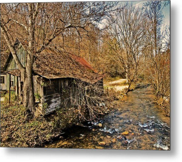 Old Home On A River Metal Print