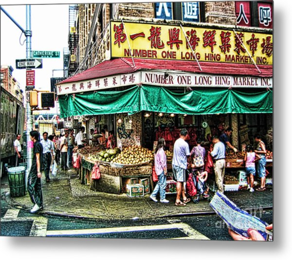 On Tour In Chinatown-nyc Metal Print by Anne Ferguson