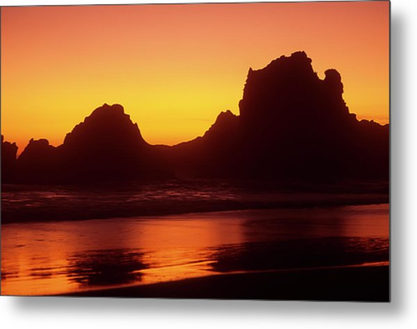 Oregon Coast Rocks Sunset Metal Print