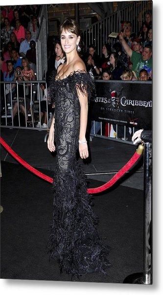 Penelope Cruz Wearing A Marchesa Dress Metal Print by Everett
