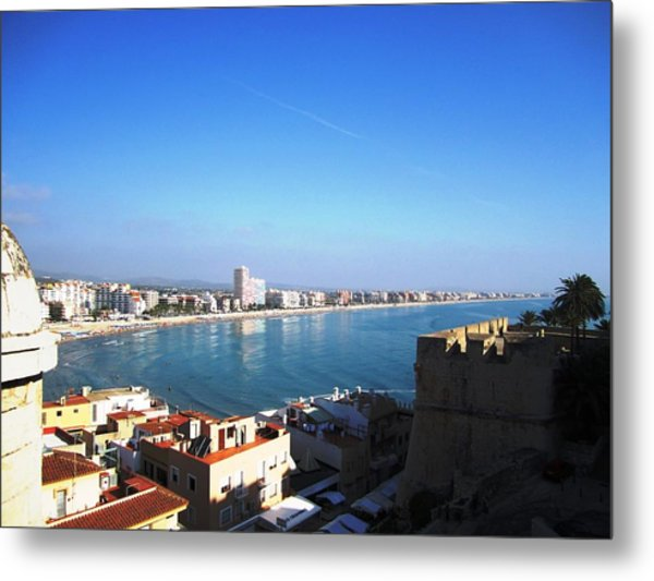 Peniscola Beach Panoramic View Water Reflection At The Mediterranean Water Front Homes In Spain Metal Print