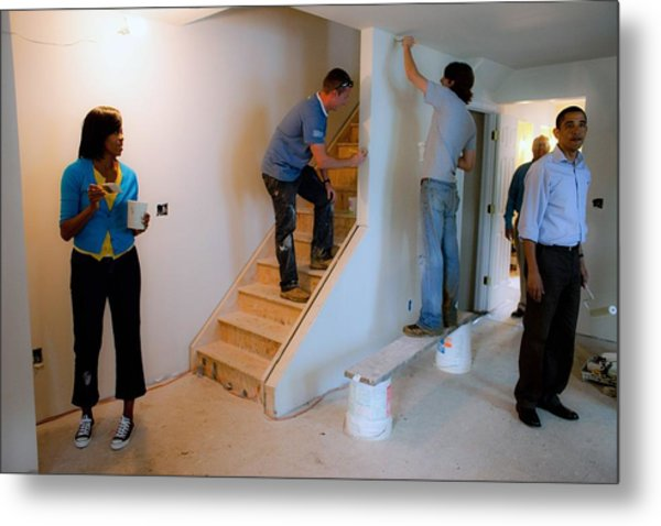 President And Michelle Obama Help Paint Metal Print by Everett