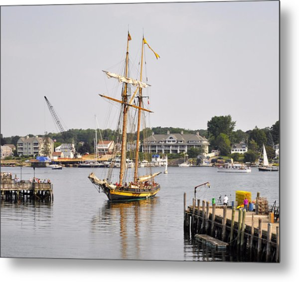 Pride Of Baltimore II Pb2p Metal Print