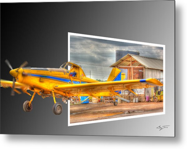 Ready To Fly Metal Print by Barry Jones