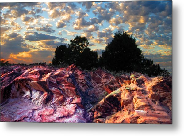 Red Cliff Sunset Metal Print by Ric Soulen