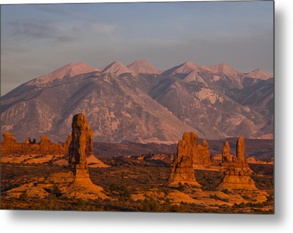 Red Rock Of Arches Metal Print by Andrew Soundarajan