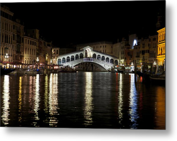 Rialto Bridge At Night Metal Print