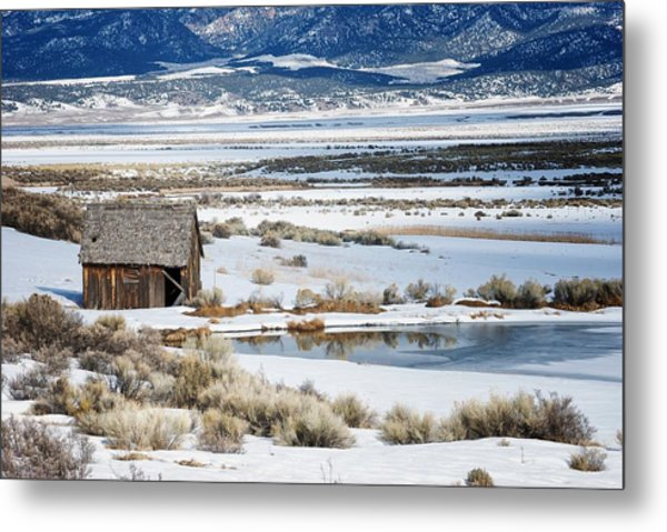 Rustic Barn In A Snowy Valley Next To A Pond Metal Print by C Thomas Willard