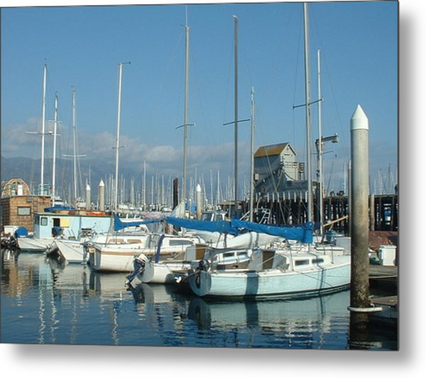 Santa Barbara Marina Metal Print by Linda Pope