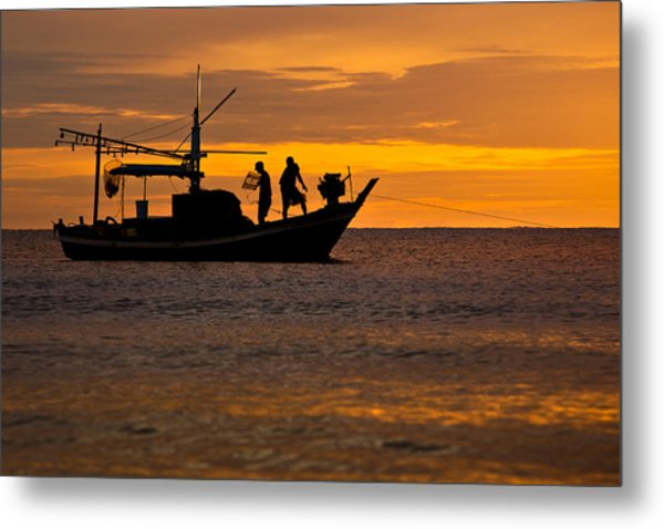 Silhouette Fisherman Boat Sunset Huahin Thailand Metal Print by Arthit Somsakul