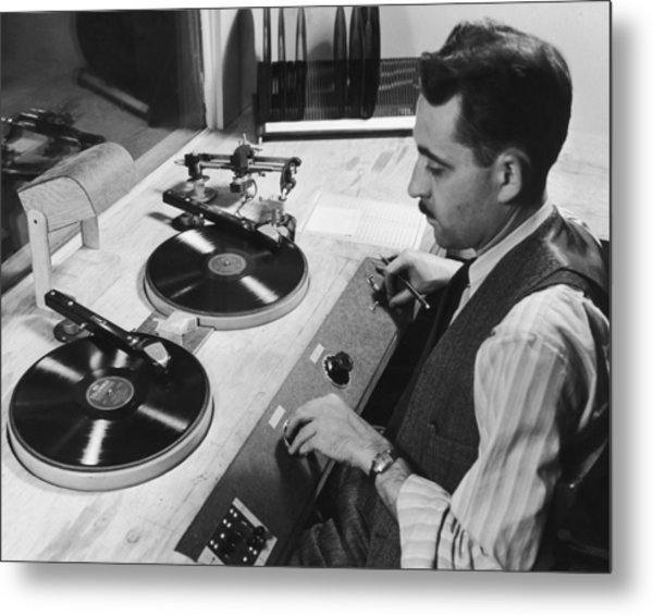 Spinning The Wheels Metal Print by George Enell
