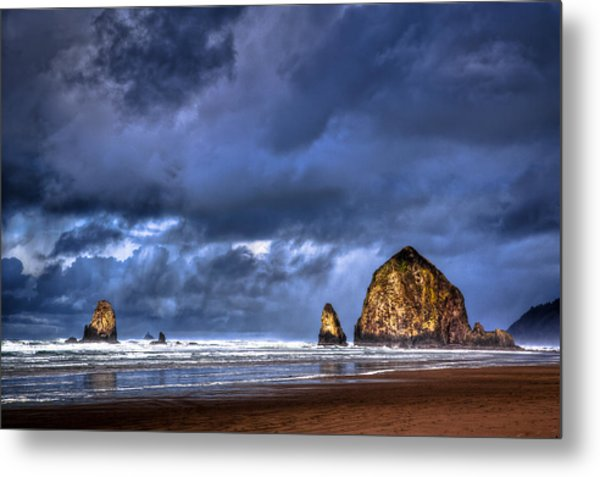 Stormy Clouds In Cannon Beach Metal Print