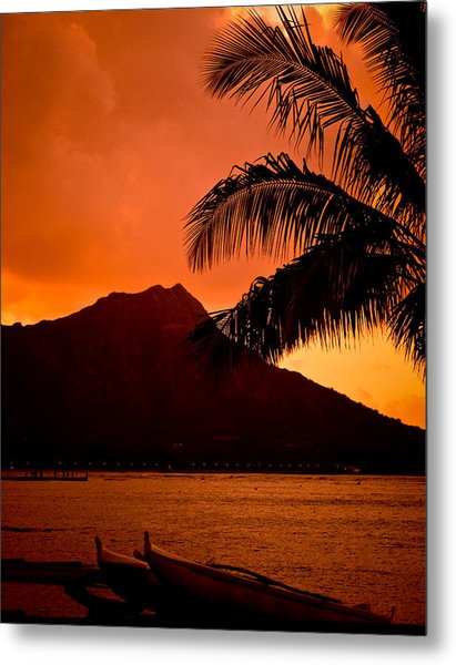 Sunrise At Diamond Head Metal Print