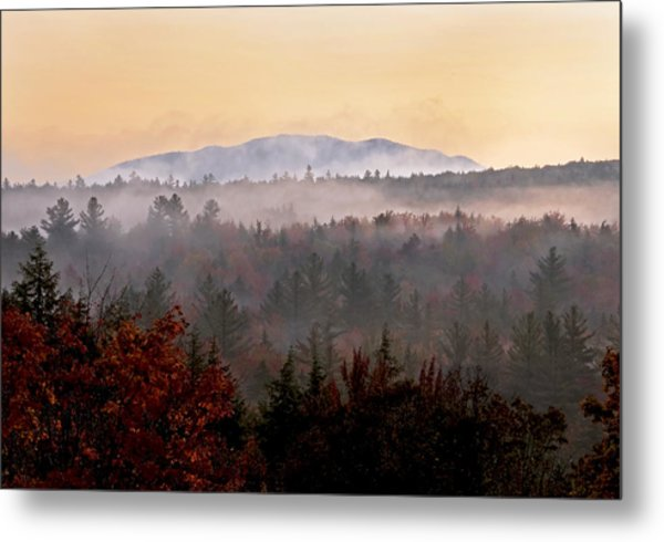 Sunrise In The East On The Kancamagus Highway Metal Print