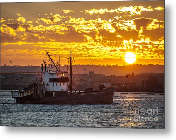 Sunset And Boat On San Diego Bay Metal Print