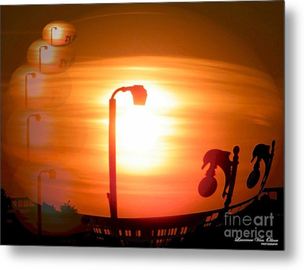 Sunsetzies Metal Print by Laurence Oliver