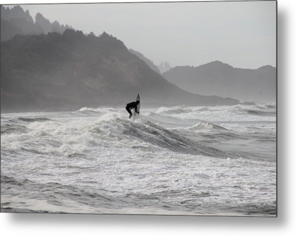 Surf 2 Metal Print by Dan Madden