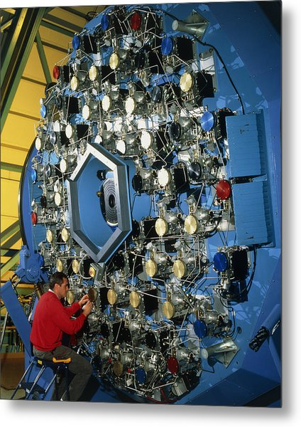 Technician With The Wiyn Telescope's Active Optics Metal Print by David Parker