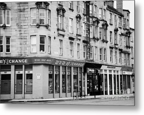 Tenement Buildings And Shops On Saltmarket Glasgow Scotland Uk Metal Print by Joe Fox