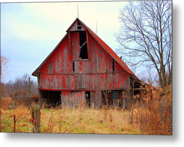 The Red Barn Metal Print by Robin Pross