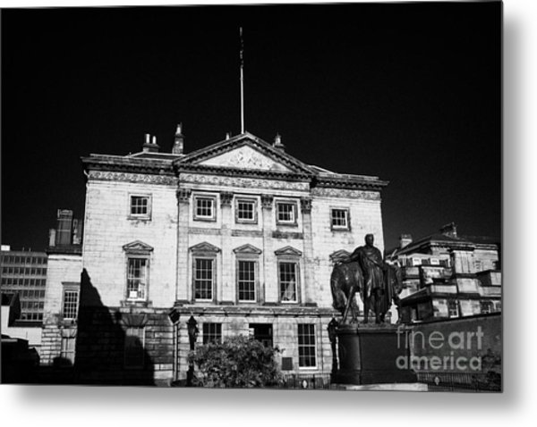 The Royal Bank Of Scotland Edinburgh Scotland Uk United Kingdom Metal Print by Joe Fox