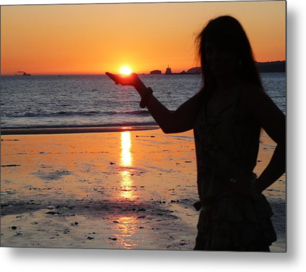The Sun In My Hand Metal Print by Jenny Senra Pampin