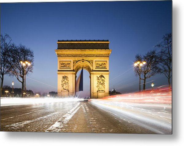 Traffic In Front Of Arc De Triomphe At Dusk Metal Print
