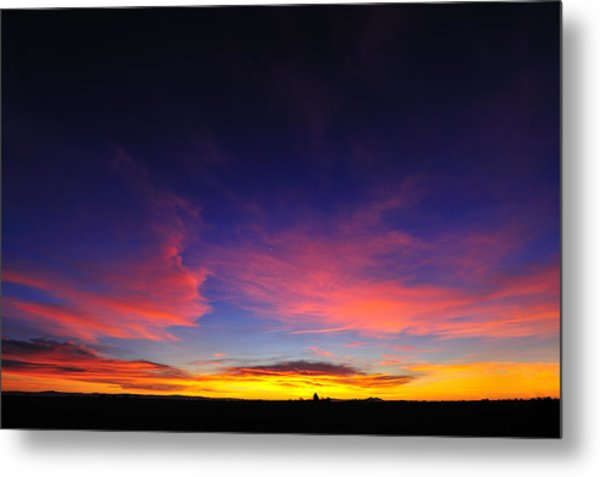 Try To Set The Night On Fire Metal Print by Richard Leon