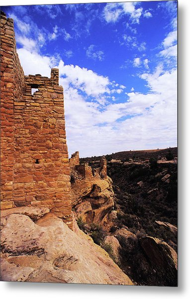 Twin Towers At Cliffs Edge Metal Print