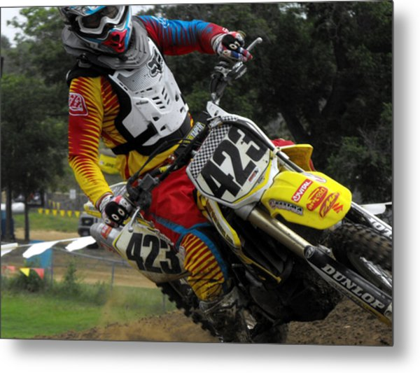 Two Fingers Metal Print by Darrell Moseley