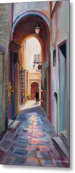 View Down A Street In Cortona Metal Print by Jane Woodward