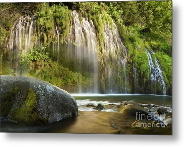 Weeping Wall Metal Print